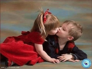 kissing picture romantic
