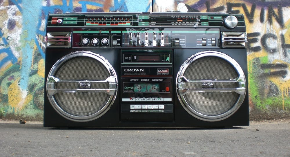 ghettoblaster-radio-recorder-boombox-old-school-159613  3 Ways in Which You Can Go 80's in Your Website Design ghettoblaster radio recorder boombox old school 159613